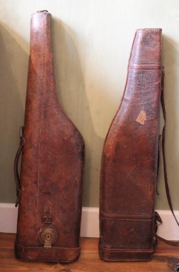 2 Lederen geweer tassen