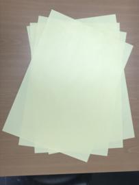Losse vellen zandschildersfolie van 50x35cm. Prijs per 3 vellen..
