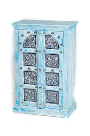 oosters kastje met zilverkleurig beslag en mozaïek