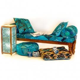 sofa met armrol in patchwork stof blauw