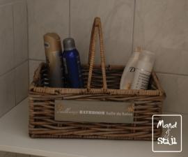Hengselmand voor badkamerspullen (35x25x15 tot 30cm)