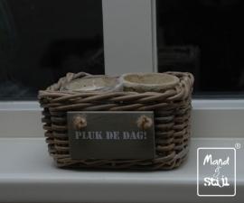 Klein mandje voor op vensterbank (18x18x10cm)
