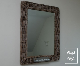 Spiegel groot (85x64x3cm)