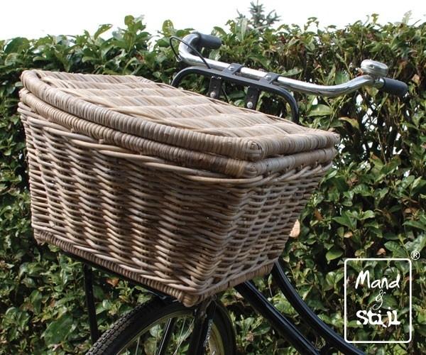 Rond toelopende fietsmand met klep (47x42x29cm)