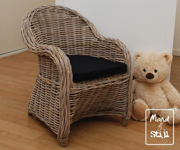 Kinderstoel met kussen (51x47x57cm)