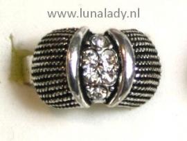 Bewerkte antiek-look ring
