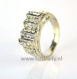 Ring met rhinestones  069