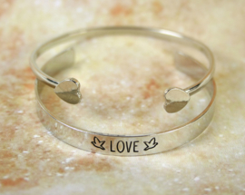 651 LOVE