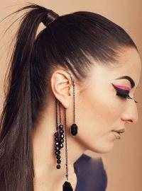 Overhang oorbellen & trendy oorbellen.