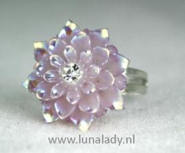 Ring bloem met parelmoerglans 20mm.