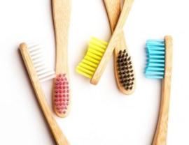 Humblebrush bamboe tandenborstel blauw