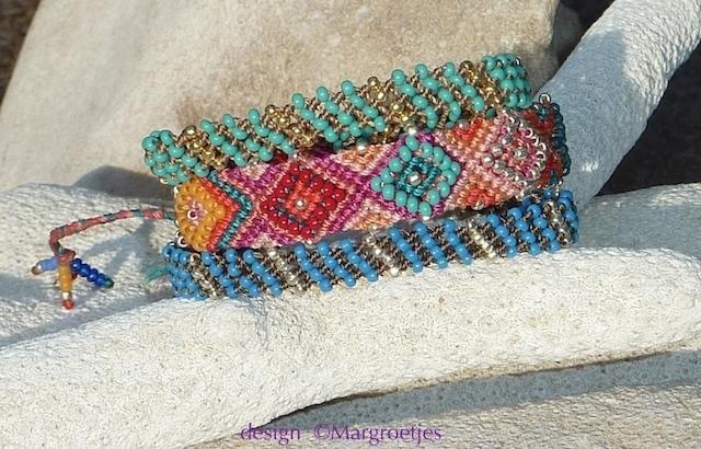 Combi Macrame armbandjes door Macrame Margroetjes kopie.jpg