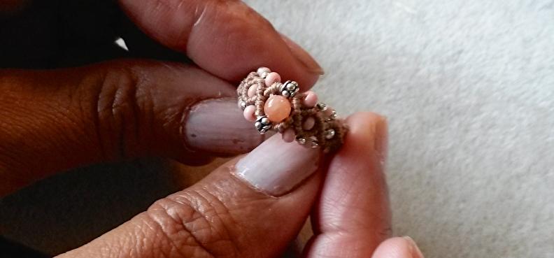 macrame margroetjes ring.jpg