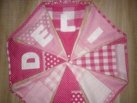 Deli patch work licht roze en donker roze stof.