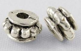 Tibetaans zilver tussenkralen 5.5x3.5mm K09 Aantal 20