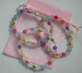 zelfmaak armbanden in een roze organzazakje Aantal 3