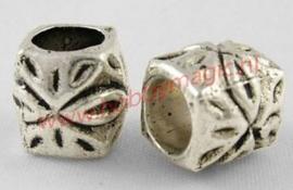 Metal bead tibetaans zilver