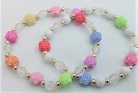 Zelf maken 2 armbanden met roosjes