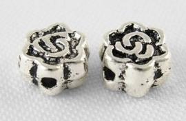 Tibetaans zilveren tussenkralen bloem 4.5mm Aantal 20