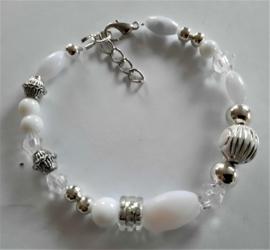 Sieraden maken  armband wit zilver of kant en klaar