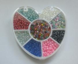 Kralendoosje hart met rocailles