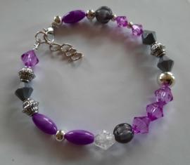 Zelfmaak armband violet grijs
