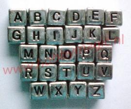 Letterkralen op alfabet 6x6mm