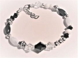 Sieraden maken  armband wit zwart zilver of kant en klaar
