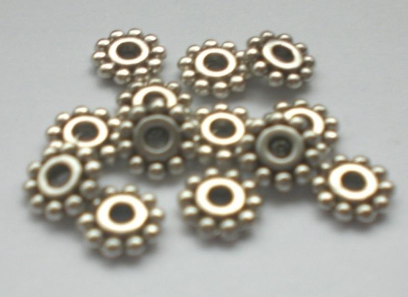 Tibetaans zilveren tussenkralen 6.5mm aantal 25