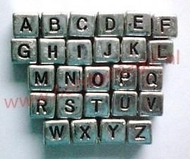 Letterkraal 6x6mm