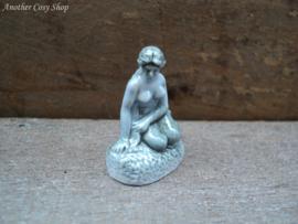 Statue little mermaid