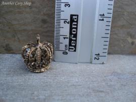 Miniature vintage crown