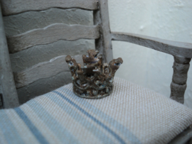 Small miniature decoration crown