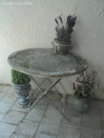 Garden table in French style