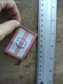 Poppenhuis miniatuur schort en vaatdoeken 'Paris'  schaal 1:12