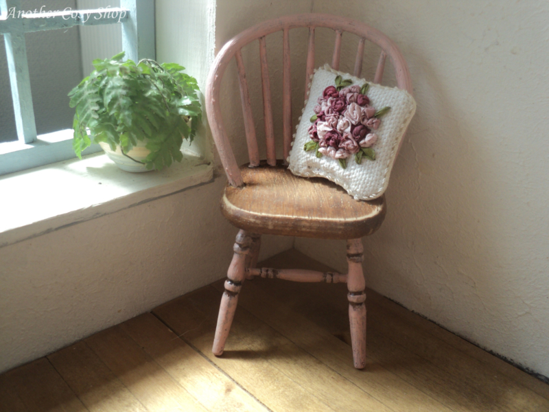 """Dollhouse miniature stick back  chair pink 1""""scale"""