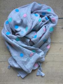SALE. Sjaal grijs met gekleurde polkadot en kwastjes.