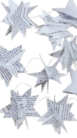 Guirlande van witte papieren 3-D sterren.