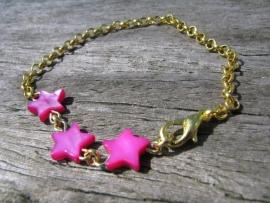 SALE. Armbandje parelmoer Ster pink.