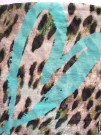 SALE. Sjaal, tijger en Harten turquoise.