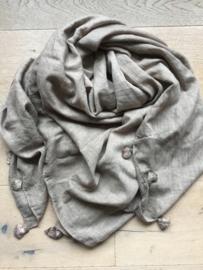 Sjaal hippie met kwastjes beige.
