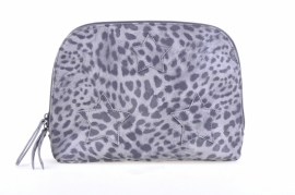 SALE. Toilettas/clutch Mimic Copenhagen leopard.