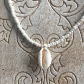 Schelpenkettinkje Bali parelmoer