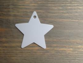 Label ster papier  wit of zwart per 50 stuks.