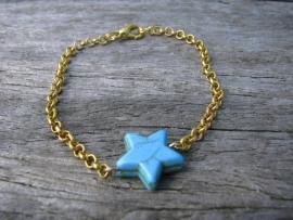 SALE. Armbandje turquoise Ster.