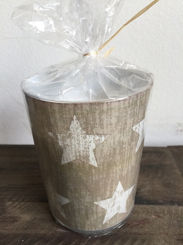 Kaars in glas met sterren taupe, van Paper + Design