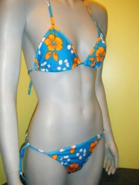 H&D halter bikini  S 36 / M 38 of XL 42