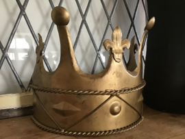 Halfronde kroon