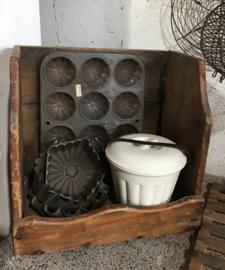 Oude houten schrobbak