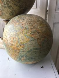 Losse wereldbol, Parijs